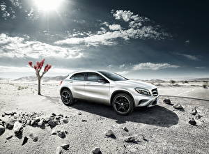 Wallpaper Mercedes-Benz Sky Silver color 2013 GLA X156 Edition auto