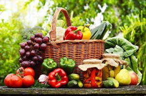 Pictures Vegetables Tomatoes Bell pepper Cucumbers Grapes Pears Cabbage Allium sativum Wicker basket Jar Food