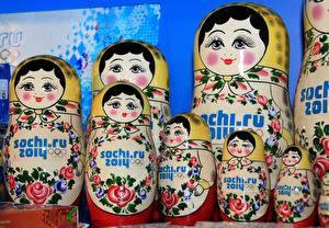 Fonds d'écran Poupée russe Souvenir objet Sochi 2014