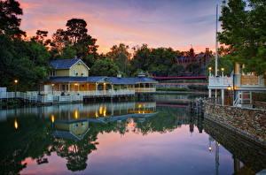 Bilder USA Disneyland Park HDR Kalifornien Anaheim Nacht Kanal Städte