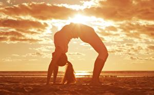 Pictures Gymnastics Clouds Sand Stretch exercise athletic Girls