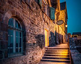 Bakgrunnsbilder Frankrike Bygninger Natt Gatebelysning Trappen Mont Saint Michel byen