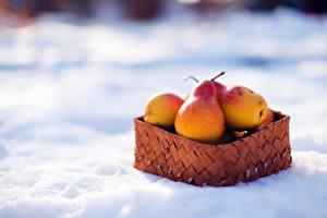Wallpaper Pears Wicker basket Snow