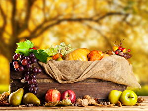 Pictures Autumn Apples Pears Grapes Nuts