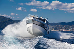 Picture Ship Yacht Sea Waves Clouds
