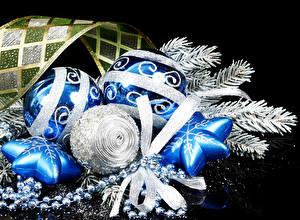 Bilder Feiertage Neujahr Kugeln Ast Band