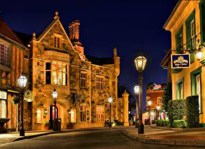 Hintergrundbilder Vereinigte Staaten Disneyland Gebäude Park Kalifornien Anaheim Design HDRI Nacht Straße Straßenlaterne Städte