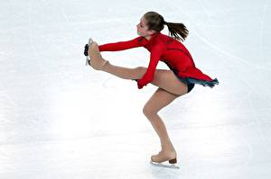 Images Yulia Lipnitskaya Brown haired Ice Legs Pantyhose Girls Sport