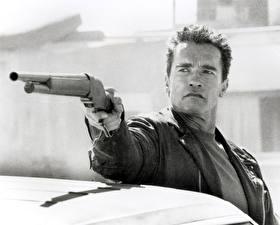 Bureaubladachtergronden Terminator 2: Judgment Day Arnold Schwarzenegger Hagelgeweer Mannen Films Beroemdheden