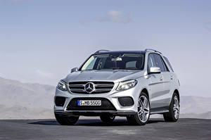 Image Mercedes-Benz Silver color Metallic 2015 GLE 500 auto