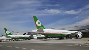 Fotos Flugzeuge Verkehrsflugzeug Boeing Boeing, 777