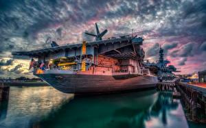 Fotos Vereinigte Staaten Himmel Flugzeugträger Schiffe Bootssteg San Diego Kalifornien HDR USS Midway Heer