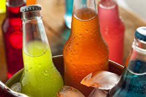 Hintergrundbilder Getränke Flasche Eis Tropfen Lebensmittel