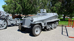 Wallpapers Armoured personnel carrier Volgograd Museum Panorama Museum The Battle of Stalingrad, SdKfz 250-1 Cities