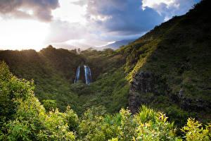 Pictures Mountain Waterfalls Hawaii Clouds Opaekaa Falls Nature