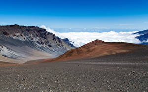 Picture Mountains Stones Sky Clouds Volcano Hawaii volcano Haleakala Hawaiian island of Maui Nature