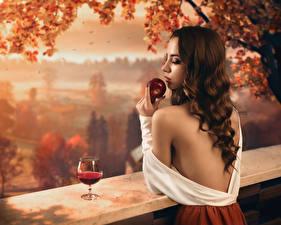 Bakgrunnsbilder Vin Epler Høst Brunt hår kvinne Håret Vinglass Autumn portrait, Sergey Parishkov Unge_kvinner