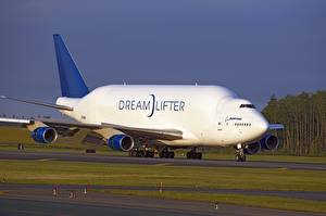 Fotos Flugzeuge Boeing Transportflugzeuge Boeing 747 Dreamlifter Luftfahrt