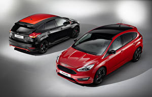 Photo Ford Red Two 2015 Focus RS, US-spec Cars