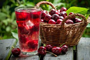 Bilder Kirsche Getränke Großansicht Weidenkorb Eis Trinkglas Lebensmittel