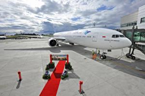 Hintergrundbilder Flugzeuge Verkehrsflugzeug Boeing Boeing, 777, 300, ER