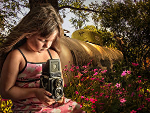 Pictures Antique Little girls Camera Dark Blonde Hair Photographer Children