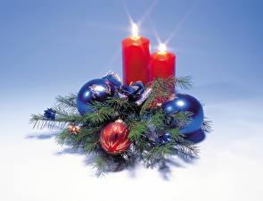 Bilder Neujahr Kerzen Großansicht Kugeln Ast Christbaum