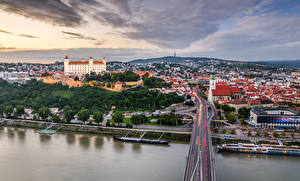 Wallpaper Slovakia Building Rivers Bridges Bratislava Cities