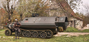 Pictures Armoured personnel carrier Antonis Karidis, Panzerfaust klein 30