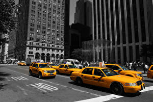 Bilder Vereinigte Staaten Gebäude Taxi - Autos Orange New York City Straße Apple Store, Fifth Avenue Städte Autos