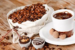 Wallpapers Chocolate Coffee Candy Closeup Drinks Grain Cup Saucer Food