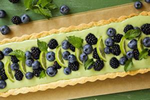 Fotos Heidelbeeren Brombeeren Backware Torte Großansicht Limette Lebensmittel