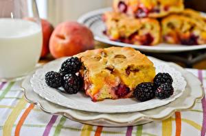 Image Blackberry Pastry Pie Closeup Plate Food
