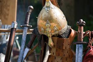 Bilder Hautnah Helm Schwert