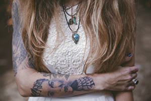 Picture Jewelry Tattoos Hair Hands Girls