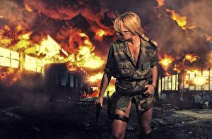 Bilder Feuer Uniform Blond Mädchen Mädchens Heer