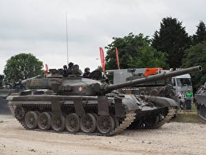 Pictures Tanks T-72 Tankfest 2015