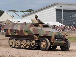 Wallpapers Armoured personnel carrier SdKfz 251, Tankfest 2015
