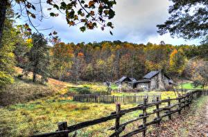 Bilder USA Gebäude Wälder Herbst HDRI Zaun West Virginia Natur