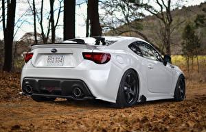 Fotos Subaru Weiß Hinten Fahrzeugscheinwerfer brz