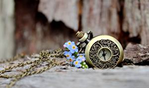 Photo Pocket watch Closeup