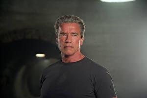 Bureaubladachtergronden Terminator Genisys Arnold Schwarzenegger Mannen Films Beroemdheden