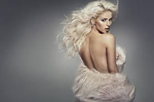 Fonds d'écran Blondeur Fille Dos Cheveux Monika Synytycz jeune femme