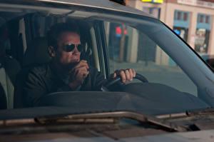 Bureaubladachtergronden Arnold Schwarzenegger Mannen Bril Ray Owens he Last Stand film Beroemdheden Auto