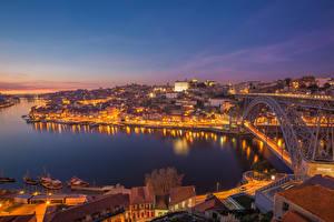 Tapety na pulpit Portugalia Mosty Rzeki Porto W nocy Miasta