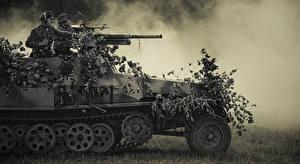 Picture APC Soldier SdKfz 251