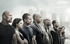 Bakgrundsbilder på skrivbordet Dwayne Johnson Fast & Furious 7 Vin Diesel Michelle Rodriguez Paul Walker Män film Kändisar