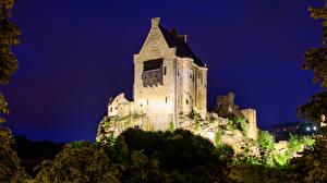 Fotos Burg Ruinen Luxemburg Nacht Larochette Castle Städte