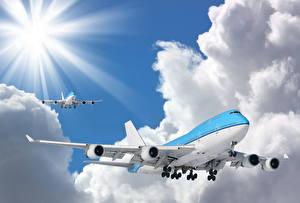 Hintergrundbilder Flugzeuge Verkehrsflugzeug Boeing Flug Wolke Boeing 747-400