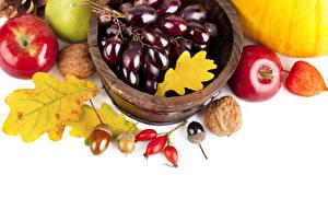Hintergrundbilder Obst Äpfel Weintraube Nussfrüchte Herbst Blatt Lebensmittel